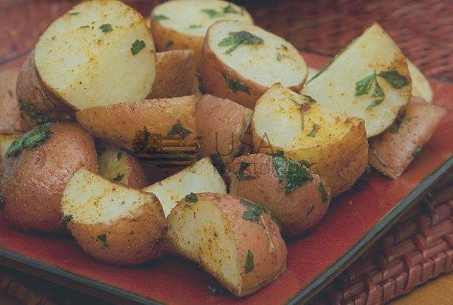 Potatoes, Red Bliss Steamed photo